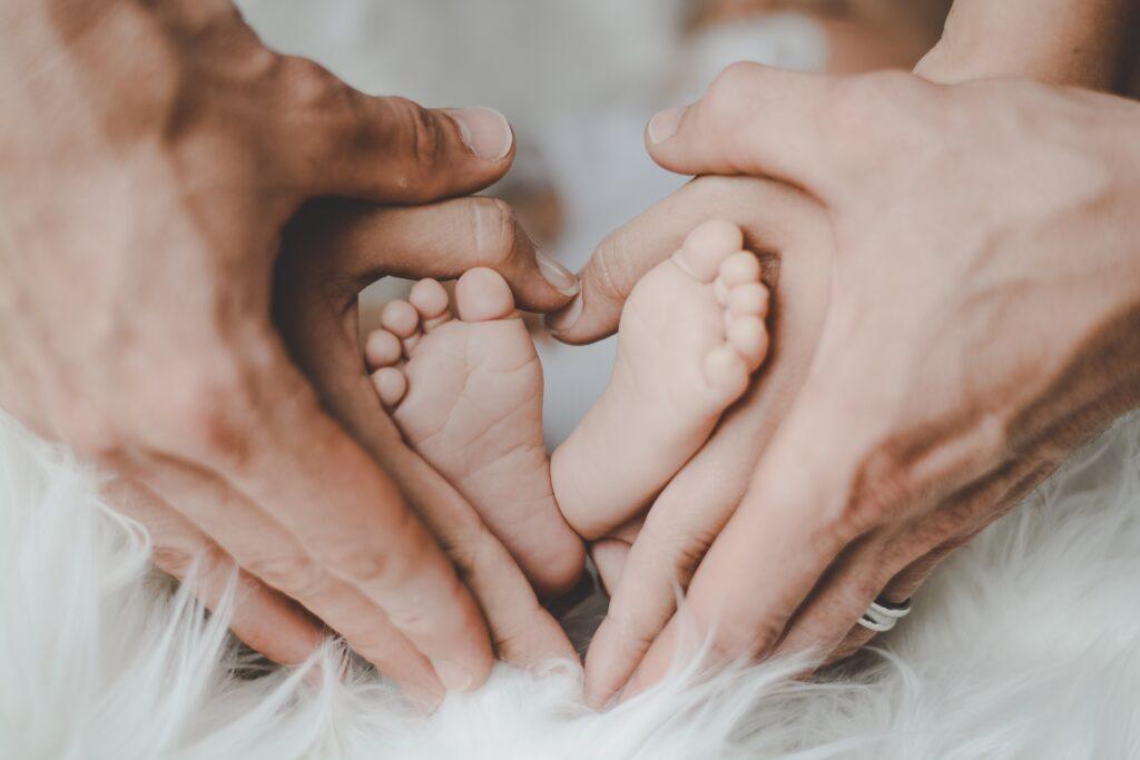 """article """"Pratiques quotidiennes pour que votre enfant se sente aimé"""""""