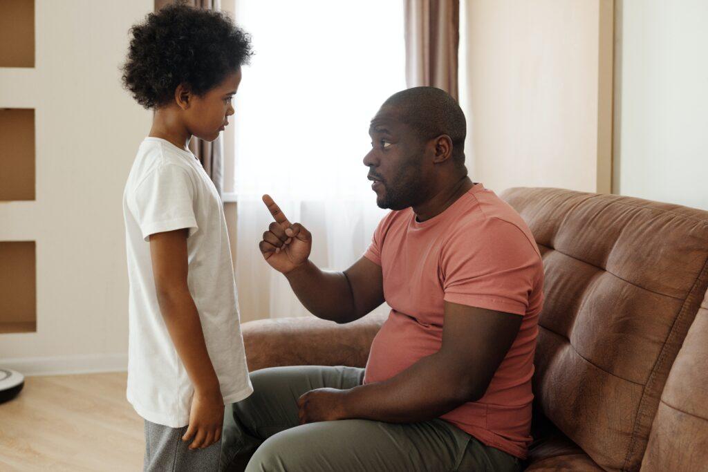 """article """"Ce qu'il ne faut pas dire à vos enfants"""""""
