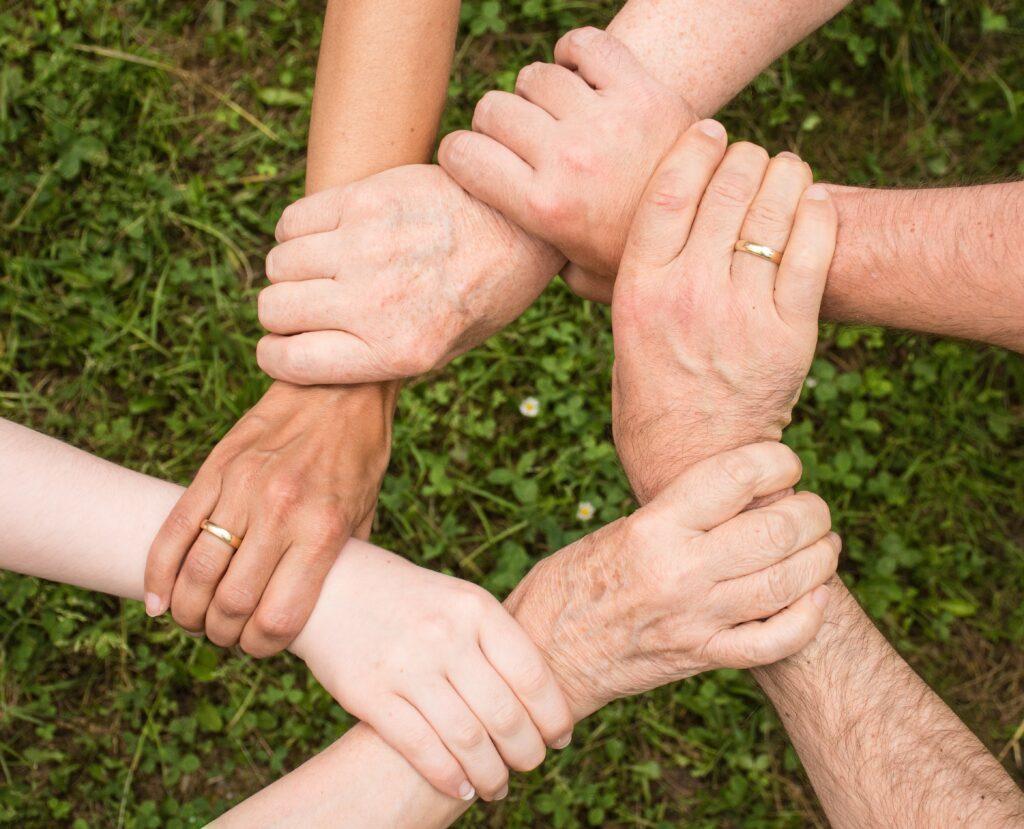 """article """"Réussite de la famille recomposée: comment rapprocher votre famille recomposée"""""""