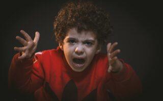 """article """"8 façons de prévenir les problèmes de comportement chez les enfants d'âge scolaire"""""""